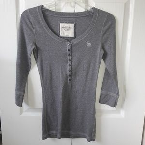Abercrombie & Fitch 3/4 sleeve Henley